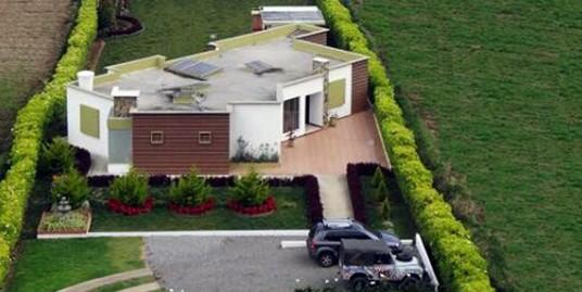 Casa  ubicada  en sector de más alta valorización de la ciudad.